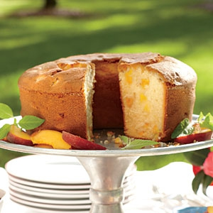 two-step-fresh-peach-pound-cake-sl-x.jpg